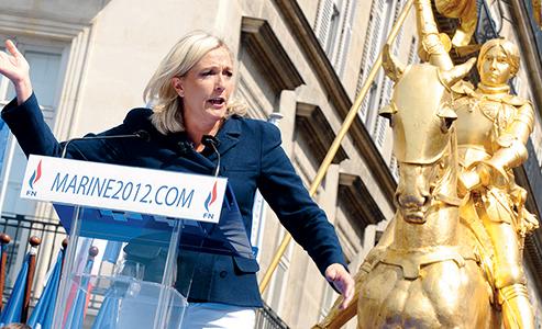 Marine Le Pen en meeting pour l'élection présidentielle de 2012 © John Van Hasselt/Corbis