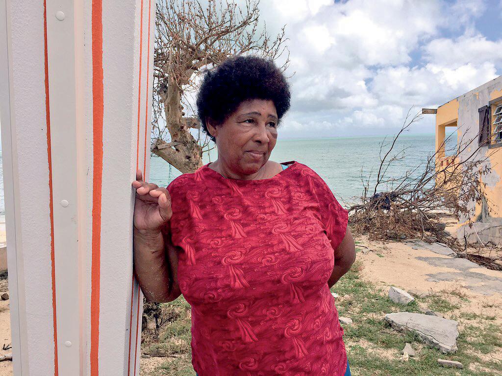 Dédette habite Sandy Ground à Saint-Martin. Elle a perdu sa sœur lors du passage de l'ouragan Irma. © Matthieu Mondoloni