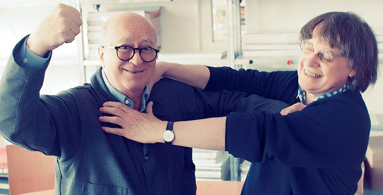 Georges Wolinski et Cabu dans les locaux deCharlie Hebdo, Paris, 23 mai 2012 ©Patrick FOUQUE/ PARISMATCH/ SCOOP