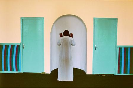 La zaouïa de Sidi Ahmed Rguibi, dans le Sahara occidental, Maroc, 1997 © Bruno Barbey/Magnum Photos
